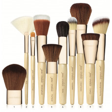 Jane Iredale Foundation & Brush Brushes